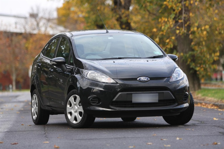 2011_ford_fiesta_cl_sedan_review_00-4de5c99c58093